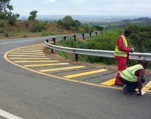 JG Afrika | Road markings in the Free State